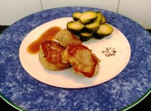 Recette de filet mignon de porc sauce moutarde au basilic chou de bruxelles